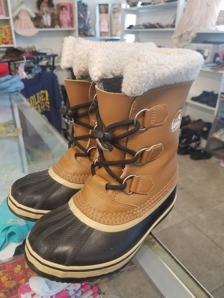 Boots at thrift store